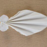 Pliage de serviette papier pour mariage