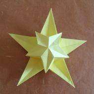 Pliage étoile en papier