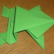 Pliage grenouille en papier