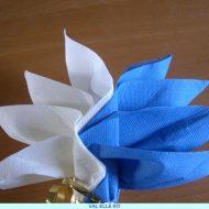 Pliage original de serviette en papier