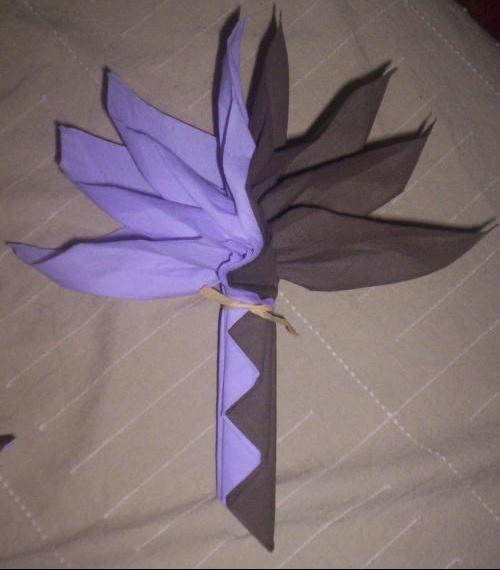 pliage serviette papier stunning pliage de serviette en papillon with pliage serviette papier. Black Bedroom Furniture Sets. Home Design Ideas