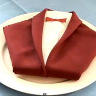 Pliage de serviette en papier costume