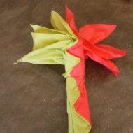 Pliage de serviette en papier en fleur