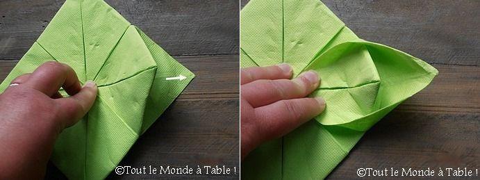 Pliage de serviette en papier lotus