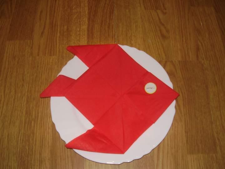 Pliage de serviette en papier poisson
