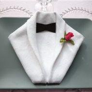 Pliage de serviette en papier smoking