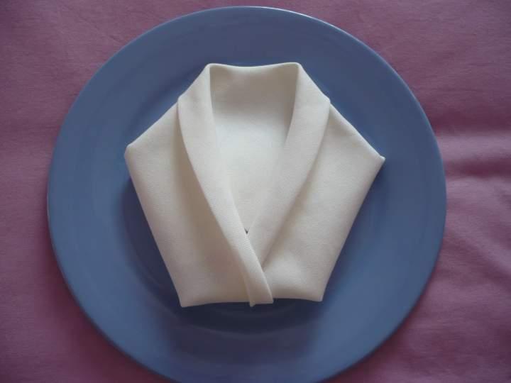 Pliage Serviette Papier Costume