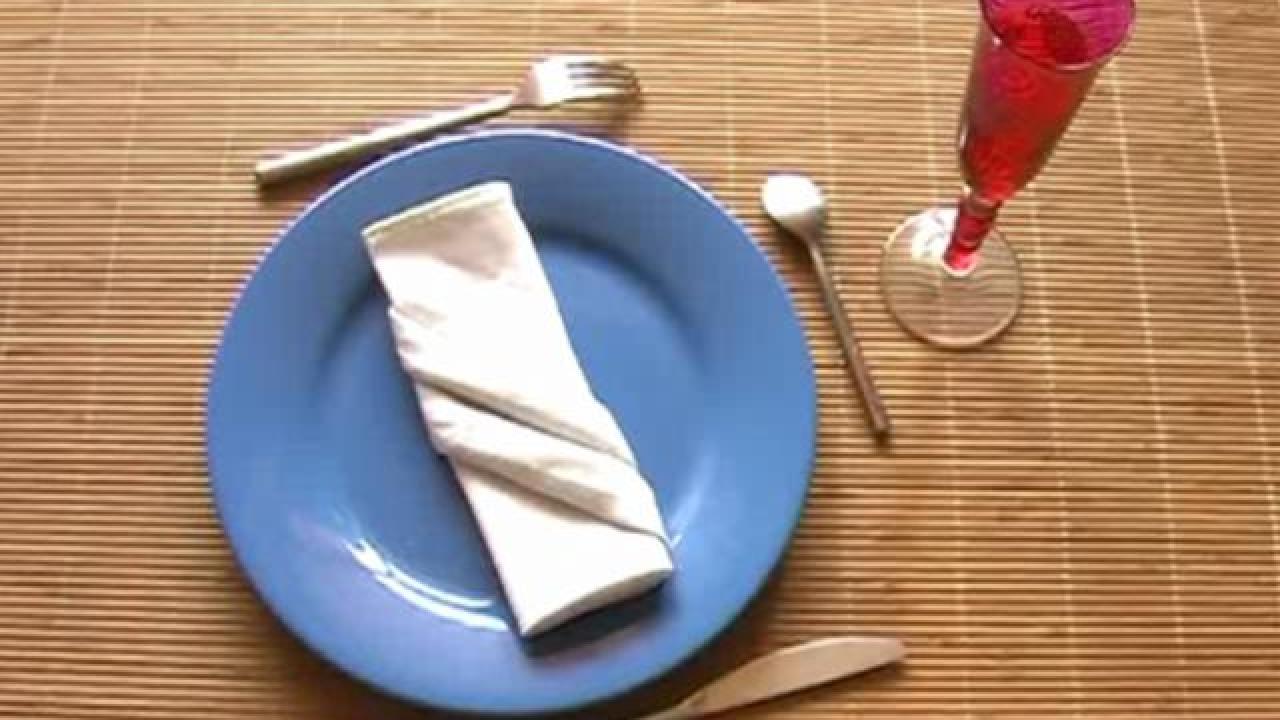 Serviette de table pliage