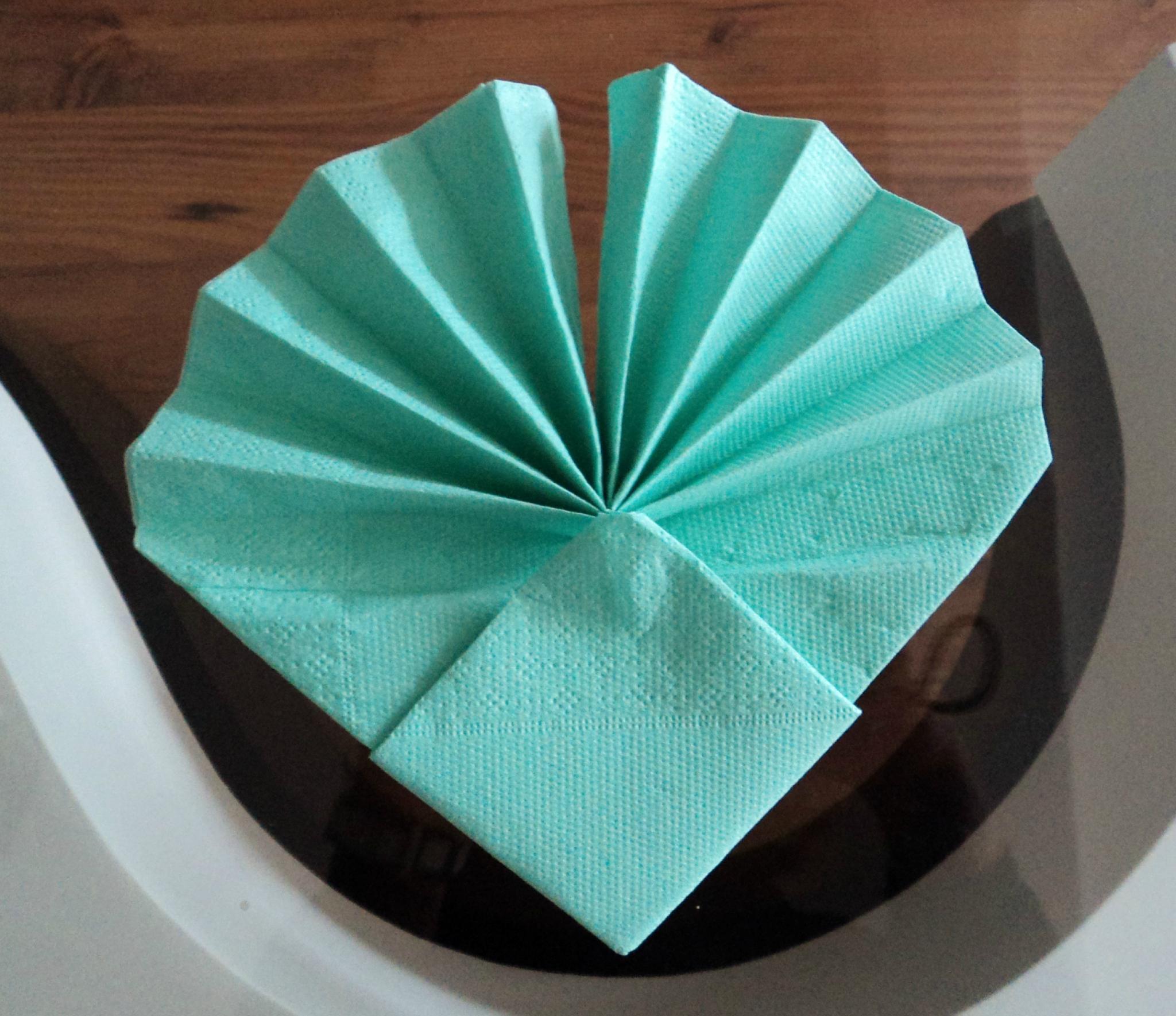 Serviettes en papier pliage
